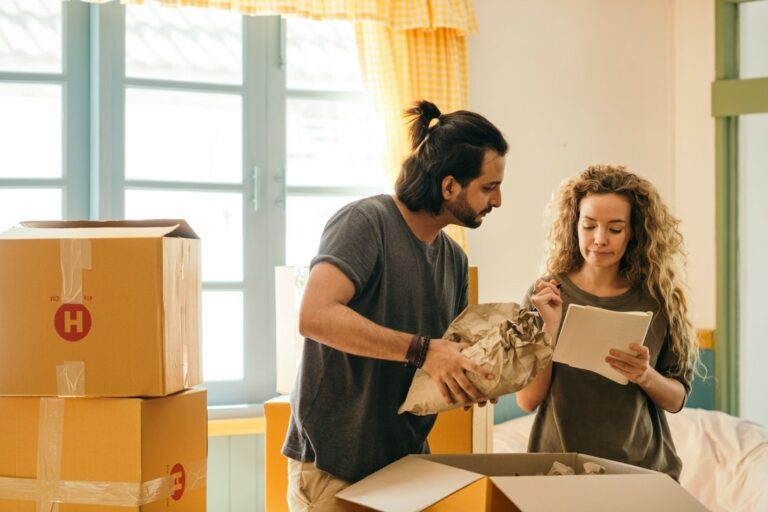 Moving Day Survival Kit Checklist